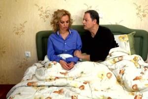 """Διλήμματα: """"Η Δέσποινα τα έχει με τον άνδρα της φίλης της γιατί τη βοηθά οικονομικά"""""""