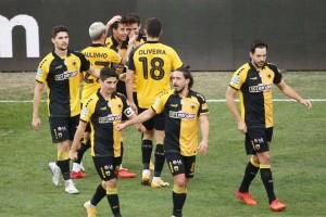Super League: Η δυνατή επιστροφή της ΑΕΚ που της χάρισε τη νίκη απέναντι στη Λάρισα