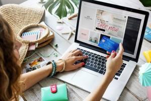 Συνήγορος του Καταναλωτή: 10 συμβουλές για ασφαλείς αγορές από το διαδίκτυο