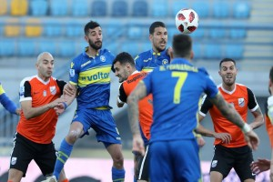 Super League: Χωρίς νίκη παραμένει η Λαμία - Στο 2-2 το ματς με τον Αστέρα Τρίπολης