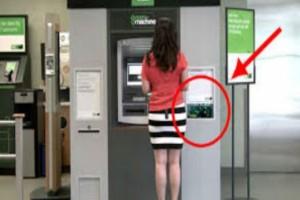 Πήγαν να σηκώσουν χρήματα από το ΑΤΜ – Τότε κατάλαβαν ότι η τράπεζα τους…