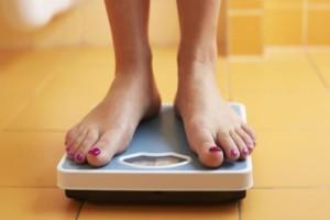 Ο απλός τρόπος για να χάνετε ένα κιλό κάθε μήνα χωρίς γυμναστική ή διατροφή