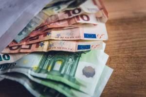 Τέλος η αποζημίωση των 800 ευρώ από την κυβέρνηση: Τι ποσό θα δώσει για τον Δεκέμβριο;