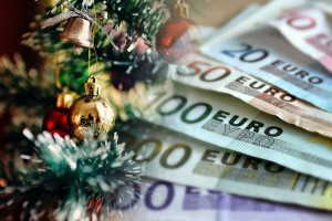 ΟΑΕΔ: Νωρίτερα τα επιδόματα και το Δώρο Χριστουγέννων - Οι ημερομηνίες πληρωμής
