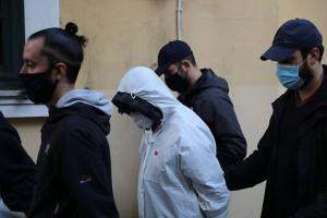 Έγκλημα στην Αγία Βαρβάρα: Στο διπλανό δωμάτιο βρισκόταν η 15χρονη την ώρα της δολοφονίας