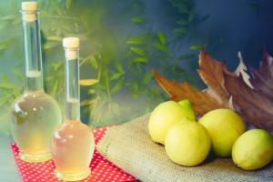 Φτιάξτε εύκολα και γρήγορα το δικό σας λικέρ λεμόνι