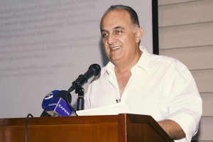 Πέθανε ο δημοσιογράφος Δημήτρης Μιχαλακάκος