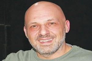 «Σήμερα πέθανε...»: Βυθίστηκε στη θλίψη ο Νίκος Μουτσινάς