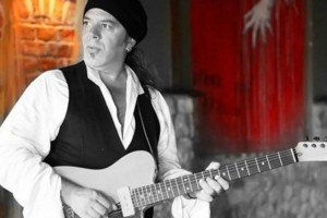 Πέθανε από κορωνοϊό ο μουσικός Βασίλης Blue Σωτηρίου