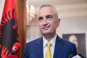 """""""Έσπασε"""" τα μέτρα: Σε κορωνο-πάρτι ο Πρόεδρος της Αλβανίας - Οι απειλές προς τους αστυνομικούς"""