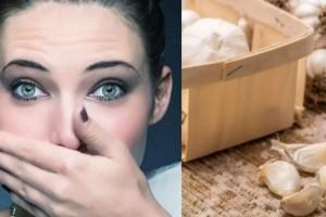Μυρίζει η αναπνοή σας σκόρδο; Οι δύο τροφές που εξουδετερώνουν την σκορδίλα