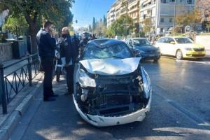 Τροχαίο στη Βασιλίσσης Σοφίας - Κυκλοφοριακό κομφούζιο στην Αθήνα
