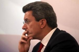 Ανατριχιάζει ο Νίκος Χατζηνικολάου: Αποφάσισε να μιλήσει για τη «μάχη» με τον κορωνοϊό