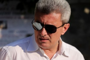 """Συντετριμμένος ο Νίκος Χατζηνικολάου: Δυσκολεύεται να """"ξυπνήσει""""!"""