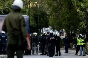 Επέτειος Γρηγορόπουλου: Συμπλοκές μεταξύ αντιεξουσιαστών και αστυνομικών στον Κολωνό