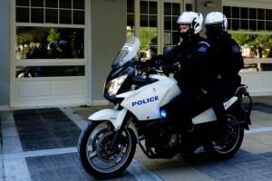 """Κορωνοϊός: Τέσσερα άτομα """"έσπασαν"""" το lockdown για να τζογάρουν παράνομα"""