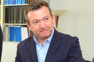 """Κορωνοϊός: """"Έφυγε"""" ο Χρήστος Τσιόλιας"""