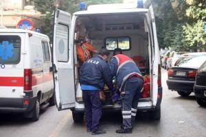 Κορωνοϊός: Ασθενής άλλαξε τρία ασθενοφόρα για τη διακομιδή του από το Βόλο στην Κόρινθο
