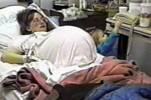 29χρονη το 1997 έκανε επτάδυμα - Δείτε πως είναι 23 χρόνια αργότερα