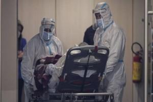 """Κορωνοϊός: Στο """"κόκκινο"""" η Πιερία λόγω των κρουσμάτων - Στην Κατερίνη εκτάκτως ο υφυπουργός Υγείας"""