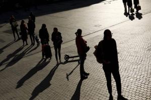Κόρωνοϊός: Ένα άκαιρο άνοιγμα μπορεί να προκαλέσει μεγαλύτερο lockdown