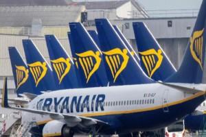 Απόφαση βόμβα από την Ryanair: Δεν θα απαιτεί από τους επιβάτες εμβόλιο κατά του Covid-19!