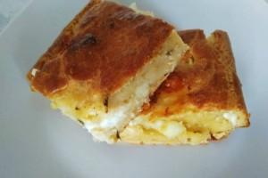 Η πιο... εθιστική τυρόπιτα χωρίς φύλλο έτοιμη σε 15 λεπτά