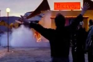 Το θρυλικό ζεϊμπέκικο που άφησε ιστορία στον σύγχρονο Ελληνικό Κινηματογράφο (Video)