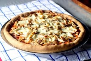Διαφορετική αλλά πεντανόστιμη συνταγή για πίτσα με πουρέ πατάτας