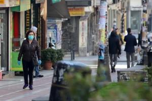 """Κορωνοϊός: Δεν """"πέφτει"""" η Αττική - Σχεδόν """"αόρατη"""" η Θεσσαλονίκη"""