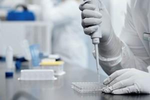 Κορωνοϊός: «Όποιος εμβολιαστεί, θα πρέπει να μπορεί να πάει σε εστιατόρια και κινηματογράφους»