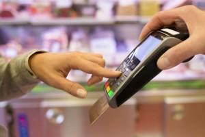 Ηλεκτρονικές αποδείξεις: «Κούρεμα» στο 10% από 30% για τα εισοδήματα του 2020