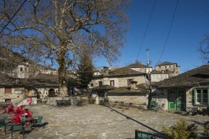 9+1 παράξενα ελληνικά χωριά: Οικισμοί με ιδιαιτερότητες που κανείς δε γνώριζε
