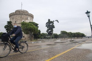 Συναγερμός στη Θεσσαλονίκη: Πληροφορίες για πλήθος κρουσμάτων σε κέντρο αποκατάστασης