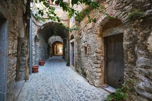 Μεστά Χίου: Το όμορφο χωριό που θυμίζει… λαβύρινθο!