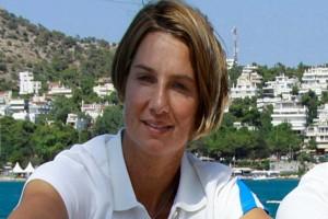 «Καλούμε την Μπεκατώρου να γίνει συγκεκριμένη στην καταγγελία της για τον βιασμό από παράγοντα της ΕΙΟ»