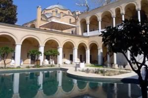 Καβάλα: Ο Τάσος Δούσης μας προτείνει το ιστορικότερο ξενοδοχείο της Ελλάδας!