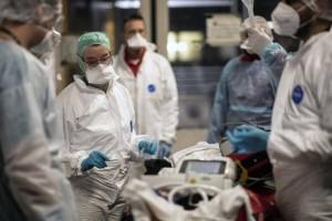 """""""Βόμβα"""" για τον κορωνοϊό: Την εμφάνιση του έκανε το μεταλλαγμένο στέλεχος του ιού στη Βόρεια Ελλάδα"""