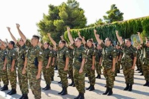 Στρατός: «Θρίλερ» με την αύξηση της θητείας