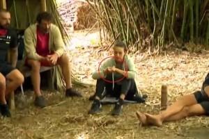 Σάλος με το Survivor: Πιάστηκαν στα πράσα… να στρίβουν «χόρτο» στην παραλία!
