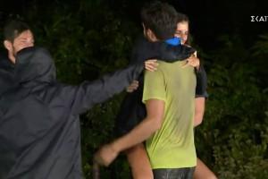 Survivor 4: Χαμός στον Άγιο Δομίνικο - Σε σχέση στο νησί Άννα Μαρία Βέλλη και Νίκος Μπάρτζης;