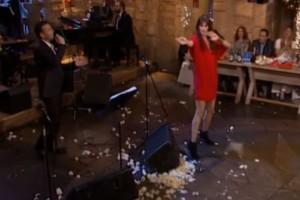 Ηθοποιός χόρεψε τσιφτετέλι και κόλασε τους πάντες στο πλατό!