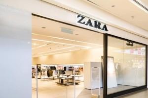 """Φρενίτιδα στα ZARA με αυτό το φόρεμα - """"Τρέξτε"""" να προλάβετε πριν βγει sold out"""