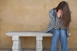"""Αληθινή ιστορία 47χρονης Μαρίας: """"Δέχτηκα σεξουαλική παρενόχληση από τον άνδρα της ξαδέρφης μου"""""""