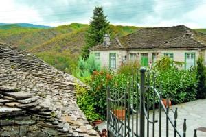 Βόλτα στα 4+1 πιο γραφικά χωριά της Ελλάδας!