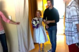 Αν δείτε γιατί αυτό το κοριτσάκι ντύθηκε νυφούλα  θα δακρύσετε… Και όχι από χαρά! (Video)
