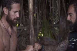 "Survivor trailer 24/02: Η κωλοτούμπα του αιώνα από τον Κώστα - Τα βρίσκει με τον Ντάφυ για να μην τον ""φάνε""! (video)"