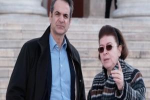 Στρουθοκαμηλισμός Νέας Δημοκρατίας: «Η Μενδώνη είναι καλή υπουργός! Ατυχής η έκφραση της για τον Λιγνάδη»