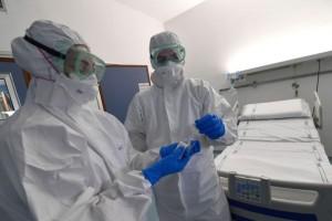 """""""Βόμβα"""" για τον κορωνοϊό: Ασφυκτική η κατάσταση στο ΕΣΥ - """"Χάος"""" με τις εισαγωγές που γίνονται καθημερινά"""