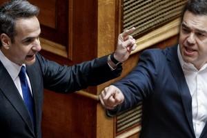 """""""Βγήκε"""" από τα ρούχα του ο Μητσοτάκης με τον Τσίπρα: """"Κατηγορείτε την κυβέρνηση ότι καλύπτει παιδεραστές;"""""""